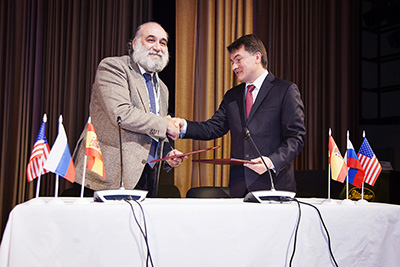 The agreement of collaboration between the Russian Psychological Society and the Spanish Psychological Association is signed